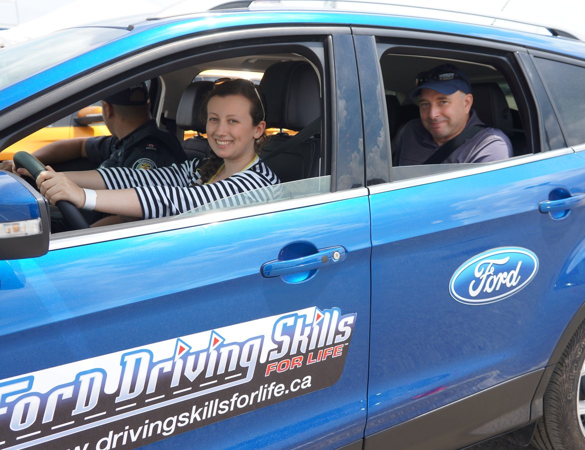 Top employer ford motor company of canada limited for Ford motor company payroll services